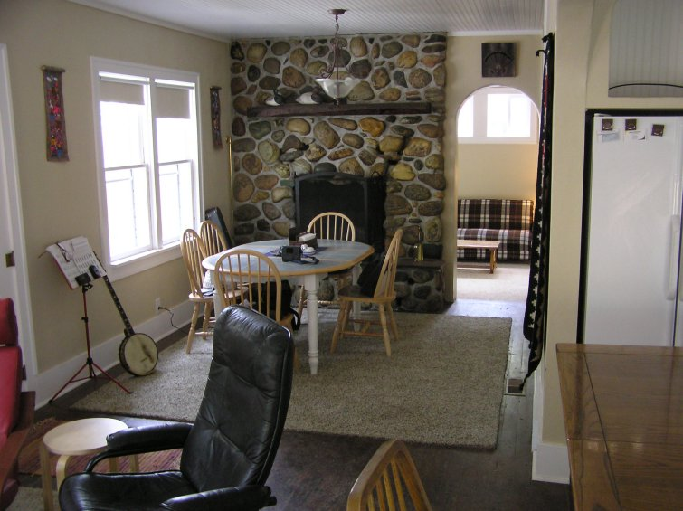 Fly fishing vacation rental house in ennis montana near for The dining room ennis